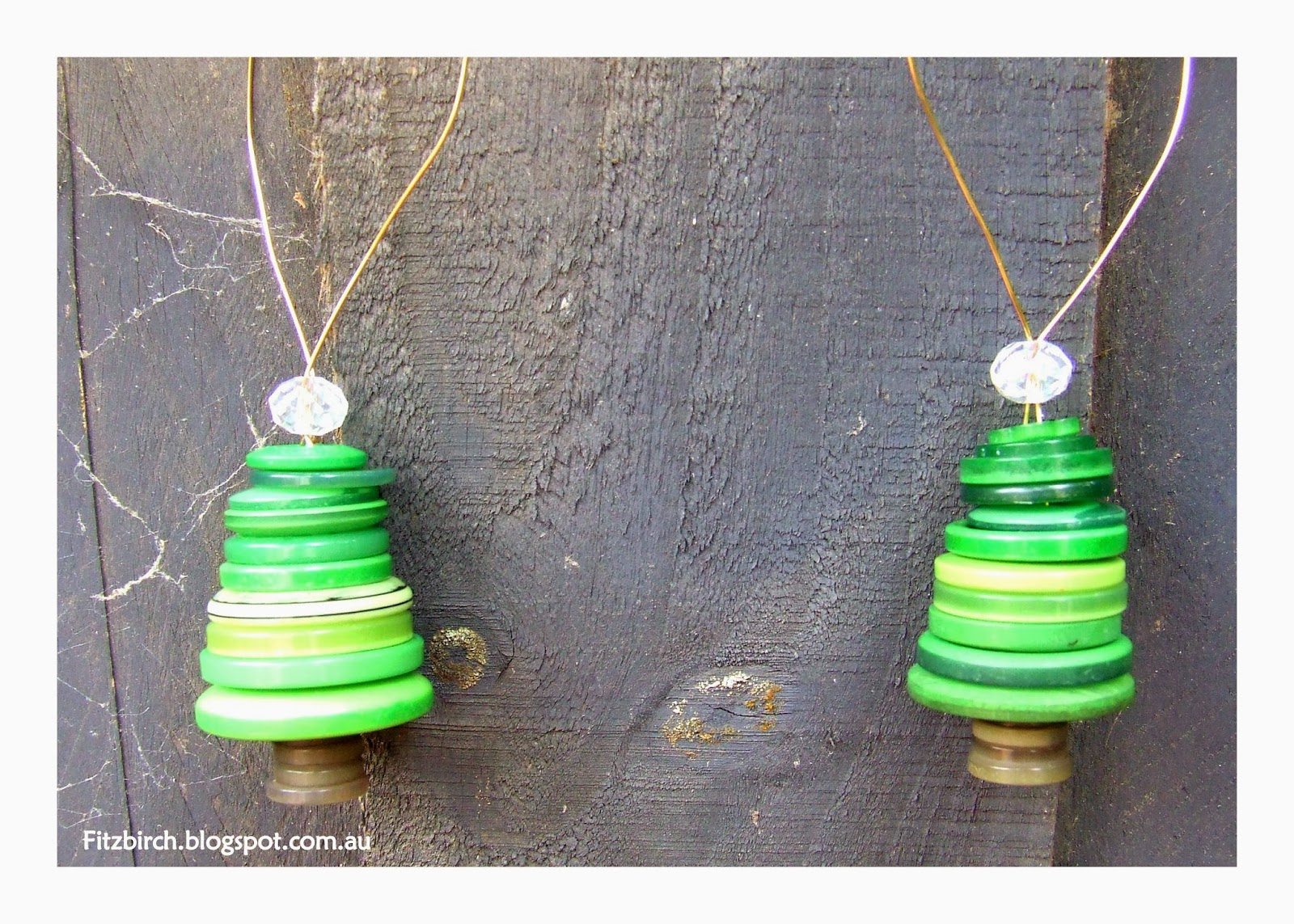 FitzBirch Crafts: Button Christmas Trees