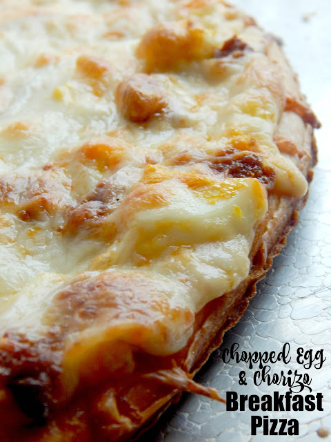 Chopped Egg & Chorizo Breakfast Pizza...a brillant way to use up hard boiled eggs!  Fun, creative, tasty, who doesn't love pizza? (sweetandsavoryfood.com)