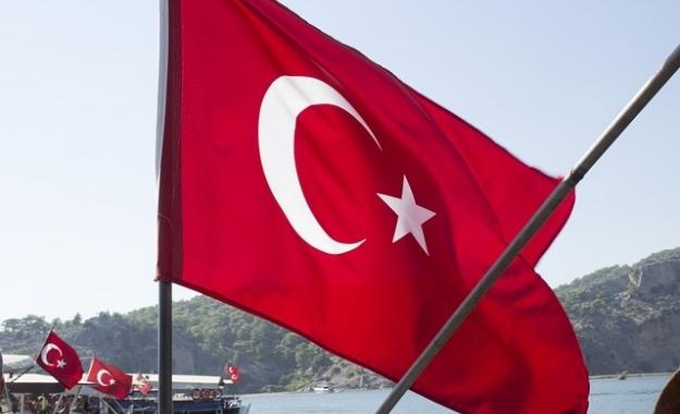Έρευνες της αστυνομίας για τη σύλληψη 121 πρώην εργαζομένων στο τουρκικό ΥΠΕΞ