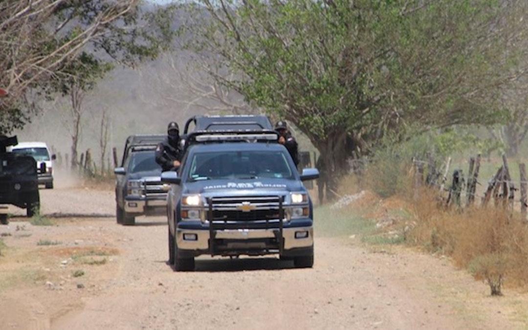 "Comando armado ""Levanta"" a ""armero"" y a director de Policía Municial de Elota, Sinaloa"