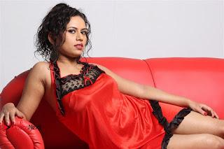 Actress Maya Chandran Picture Shoot Gallery 0039