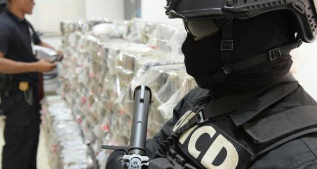 Decomisan 1,502 paquetes de cocaína en barco que venía cargado de combustible