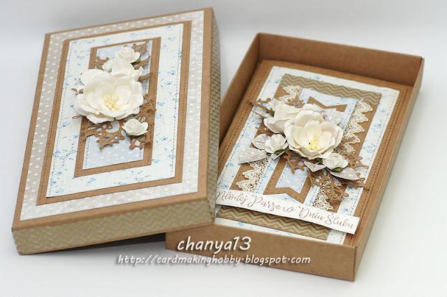 174. Kartka ślubna w pudełku