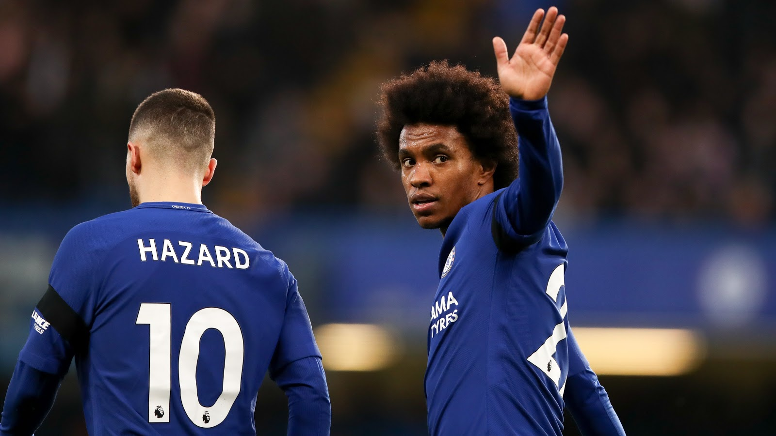uk availability b5076 2e5d2 Willian Takes Over Hazard's No. 10 Shirt At Chelsea ...