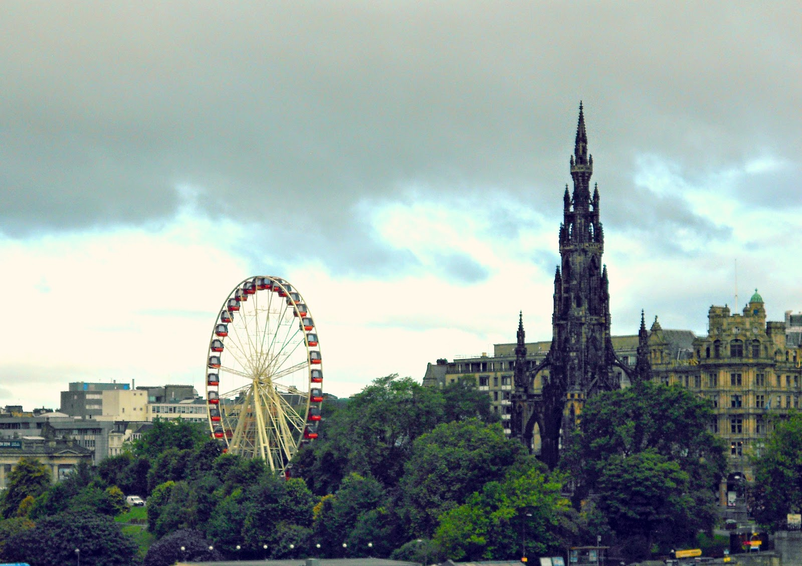 Day Trip To Edinburgh