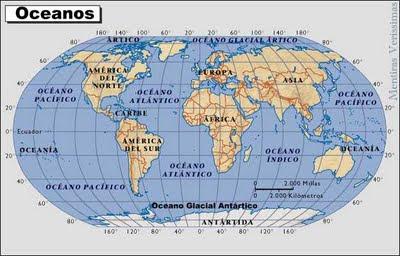 Mapa mostrando os continentes e os oceanos do planeta Terra
