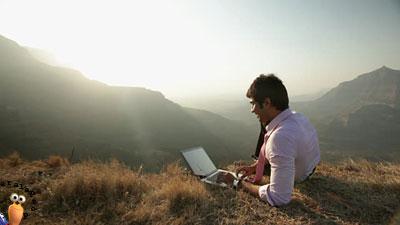 Laptop Simple dan Ringan - Tipe Laptop Yang Cocok Untuk Usia Muda 18 Tahun Keatas