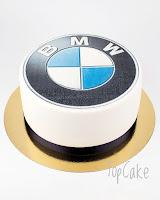 BMW-kakku, logokakku, yrityskakku, kakku yrityksille, kuvakakku, juhlakakku, topcake, täytekakku, suklaakakku, autokakku