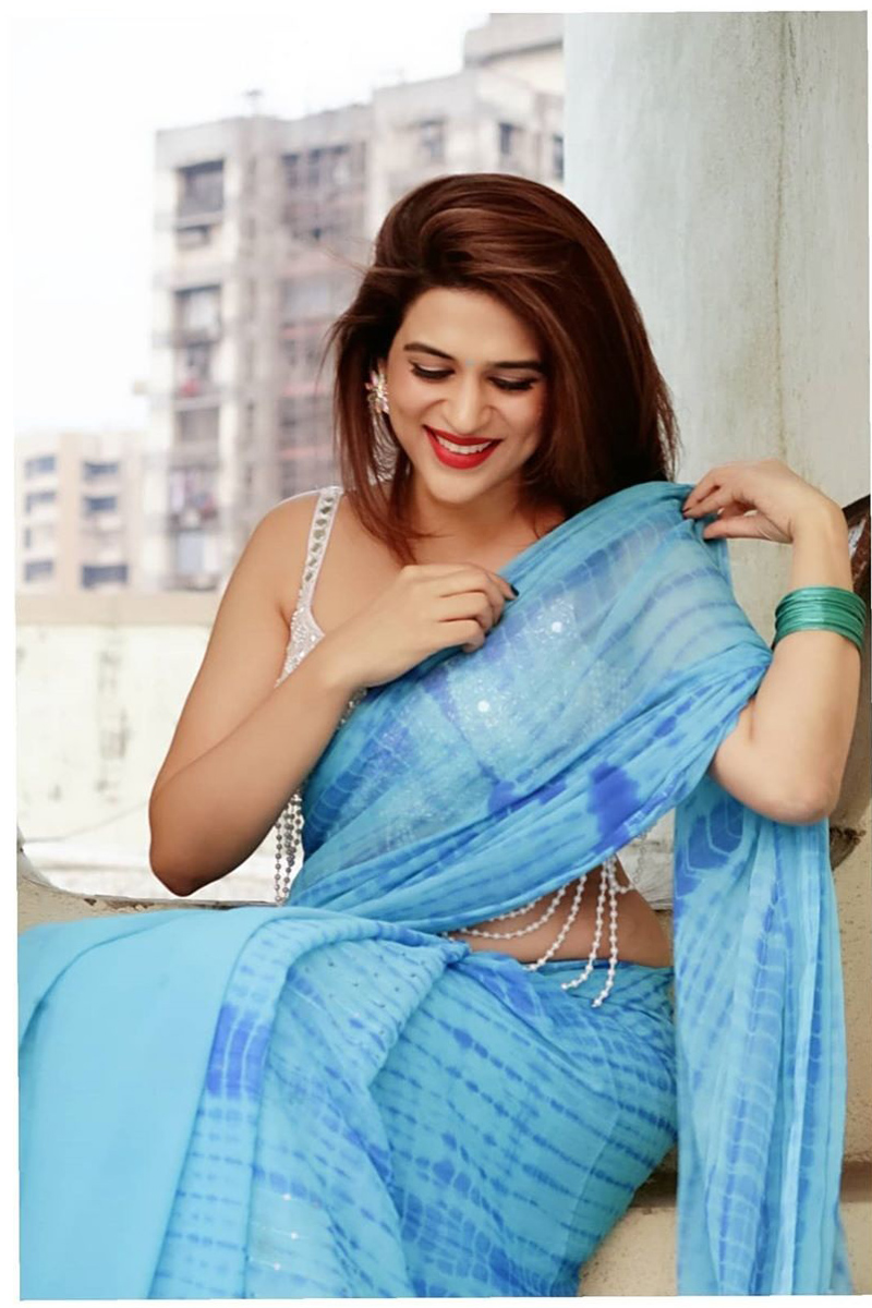 Actress Shraddha Das Glamour Blue Saree Pics