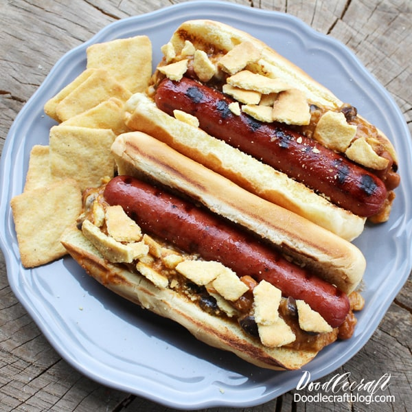 Applewood smoked sausage with chili and mozzarella cheese topped with cornbread crisps.