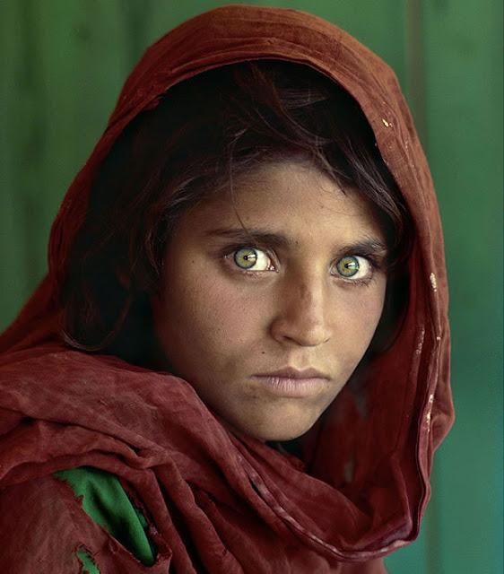 Sharbat Gula Menina Afegã