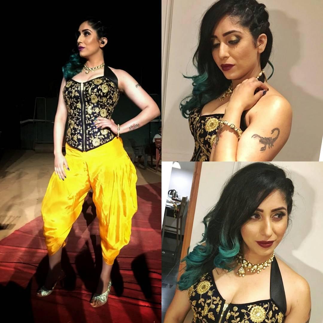 Neha-Bhasin-most-beautiful-singers