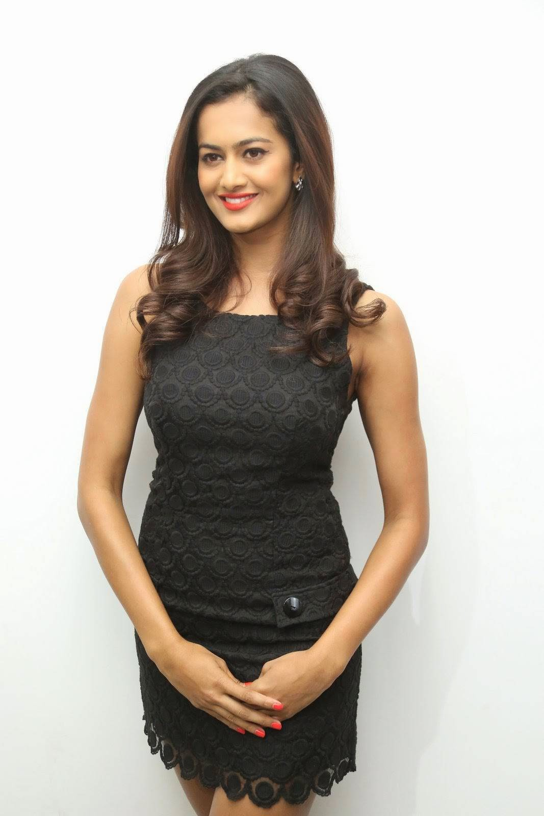 Shubra Aiyappa Images, Shubra Aiyappa Sexy Hot Figure images in Black Dress