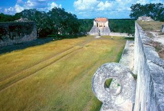 Pista para el juego de la pelota de Chichén Itzá