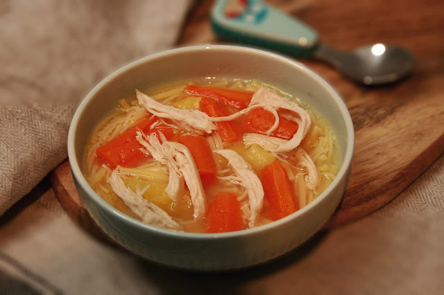 BLW: Caldo de pollo y verduras en 30 minutos