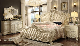 Set Kamar Tidur Ukir Mewah