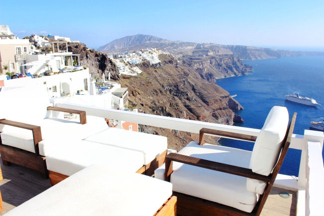 hotels booking in Santorini, hotel reviews