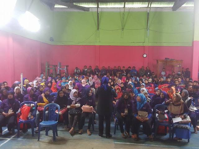 Elviana Sosialisasi UU Nomor 17 tahun 2014 di Lubuk Pauh Kayu Aro