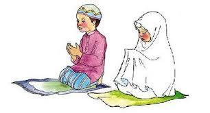 posisi solat jemaah suami isteri, posisi suami ketika imamkan isteri dalam solat jemaah