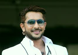 Terence Lewis Biography Profile Family Wife Son Daughter Father Mother Age Height Marriage Photos