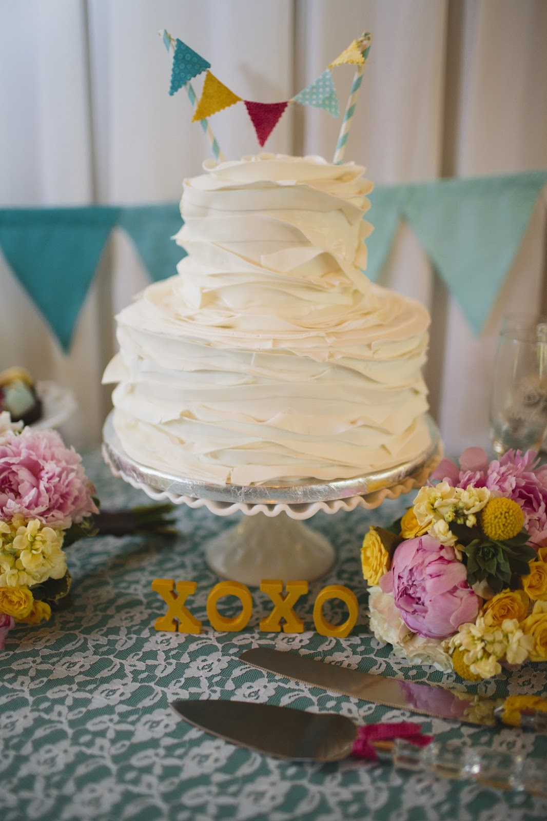 wedding cake drink with amaretto stew or a story amaretto cake with lavender icing 22552