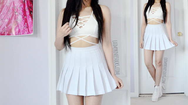 Details on the strappy white v-neckline lace-up bralette/crop top from Dresslink.