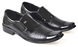 Sepatu Formal Pria Kulit Asli DYC 001 Model Lancip