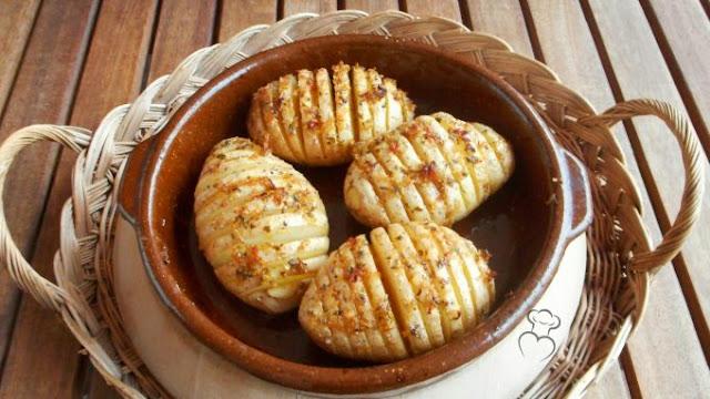 Patatas asadas Hasselback