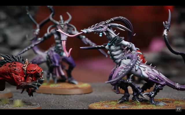Bestia de Slaanesh vs Mastín de Khorne