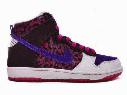 premium selection 0aa2c 3c7be Nike Rainbow: Purple High Tops SB Dunk Colorful Nikes For Sale