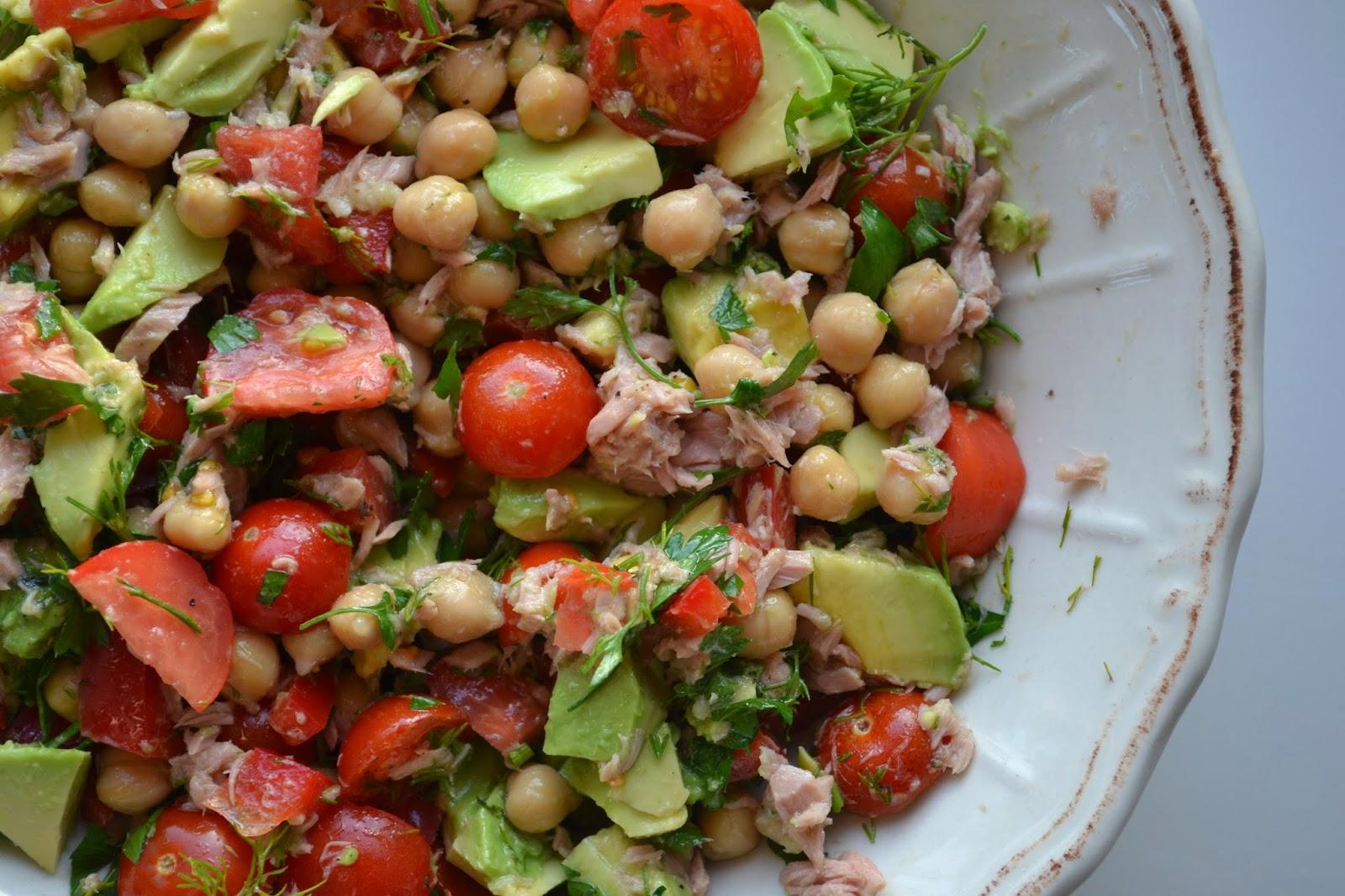 Top Eet lekker: Kikkererwtensalade met tonijn, tomaat en avocado #JZ49