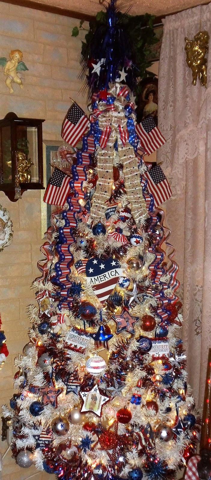 Patriotic Christmas Ornaments.Debbie Dabble Blog Patriotic Tree 1 2018