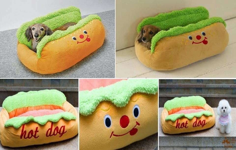 Awesome Animals : Hot Dog Bed
