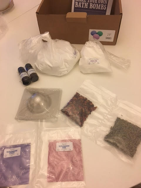 The Soap Kitchen Bath bomb Making Kit