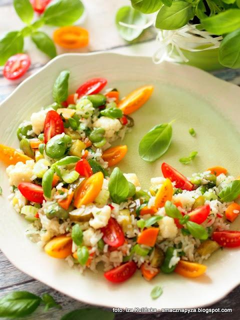 ryzotto, risotto, warzywa, kolorowe danie, co na obiad, wege, zdrowo i kolorowo, lekki obiad, bazylia,