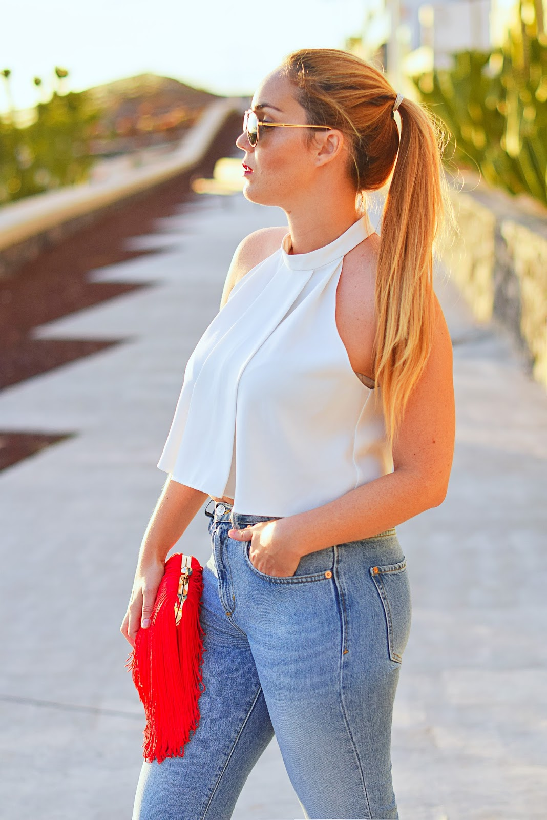nery hdez, Hindsight Vintage , crop top, boyfriend jeans, aviator sunglasses, shoes with tassel