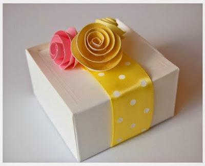 flores-papel-regalo