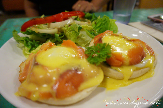 Royale Salmon Egg Benedict - RM28.50
