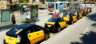 taxista-barcelona-devolver-maleta-10000-euros
