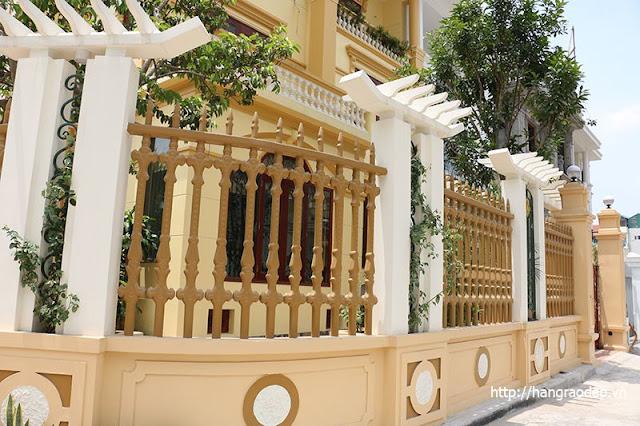 Mẫu hàng rào công tước lắp đặt cho nhà biệt thự tân cổ điển