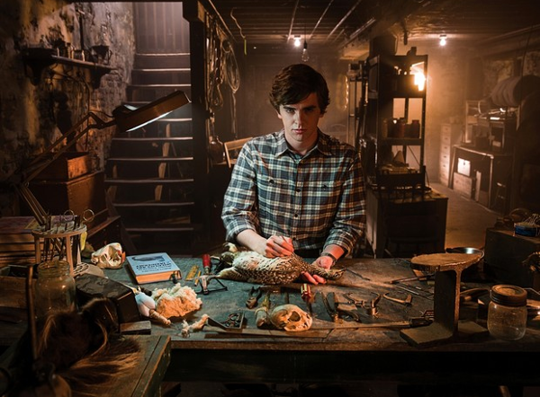 Norman Bates, taxidermia