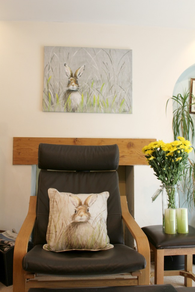 Giving my living area a summer revamp with Ocean Loans. Nourish ME: www.nourishmeblog.co.uk