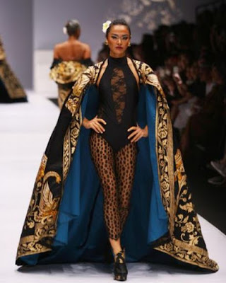 Model Kebaya Modern Brokat 2017 Trend Terbaru Anne Avantie