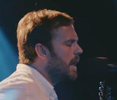 Kings Of Leon lançam clipe de Reverend
