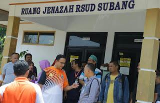 Ambulans pengelola tol ke RSUD Subang.