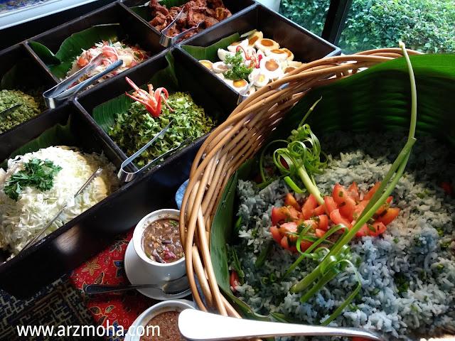 nasi kerabu, gambar cantik, menu buffet ramadhan vistana hotel penang, buffet ramadhan vistana hotel 2018, menu berbuka buffet ramadhan 2018, 101 resipi tok wan menu tradisional melayu,