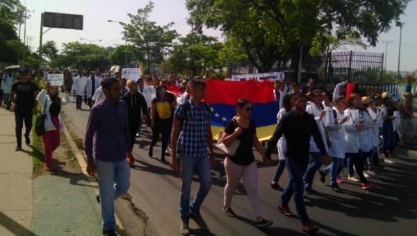 Estudiantes de la UDO honran memoria de Augusto Puga, asesinado durante protesta