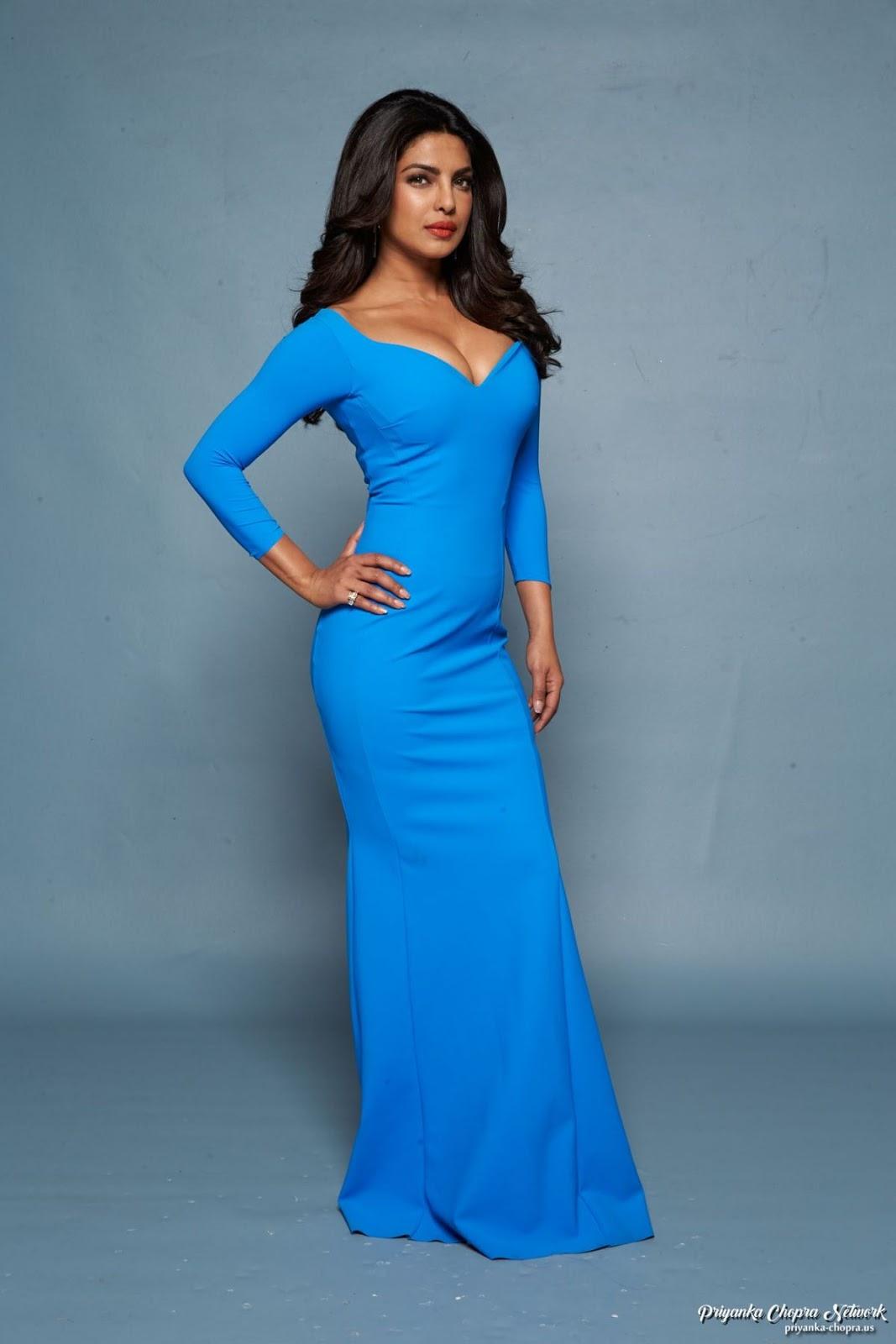 Priyanka Chopra Sizzles In Blue Gown For Baywatch Promo -3018