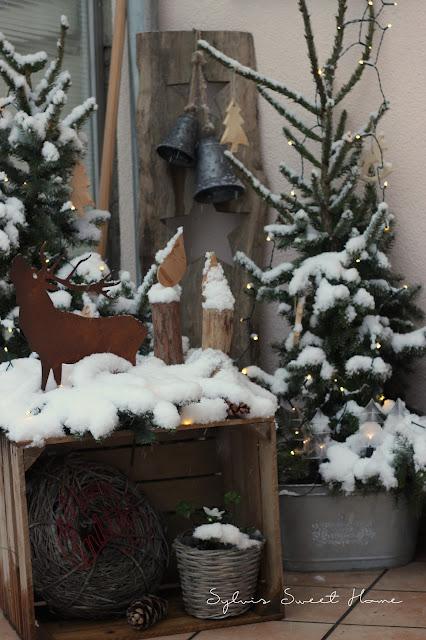 der countdown bis weihnachten lauft ihr lieben und deswegen gibt es heute mal bilder von vor der haustur mit echtem schnee