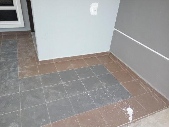 tile marble tidak kemas